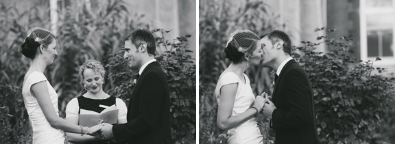 abbotsford-convent-wedding-kiss