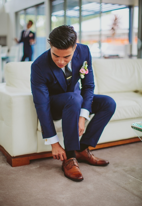 joe-button-tailored-suit_02