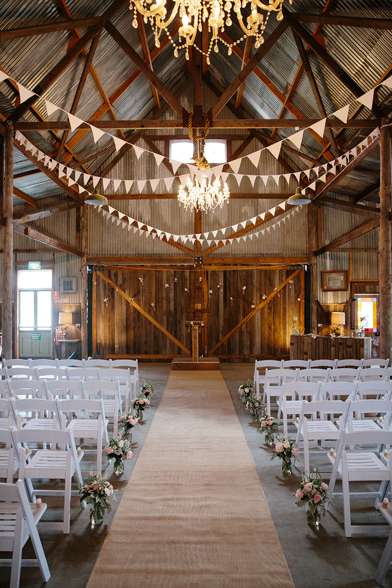 Kathleen Amp Dans DIY Barn Wedding