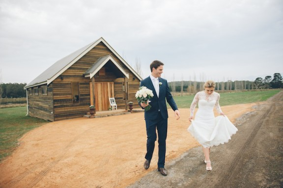 sault-restaurant-wedding-barn-chapel-sheree-dubois-photography_027