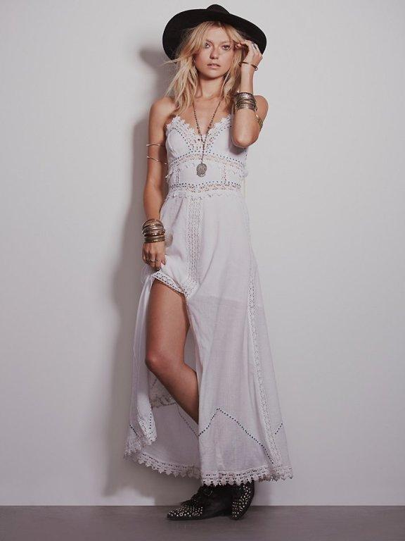 10 gorgeous boho wedding dresses from free people nouba for Boho wedding dresses australia
