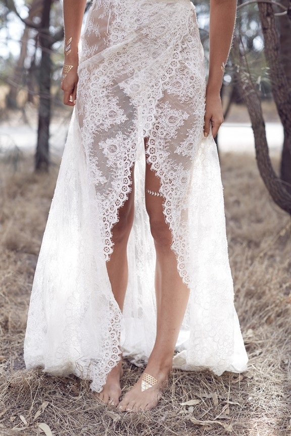 Karen Willis Holmes lace wedding dress 04