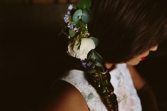 frida-kahlo-wedding-inspiration 08
