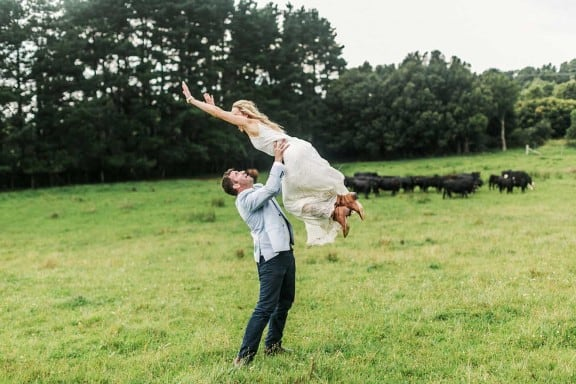 A laidback Australian farm wedding | photography by At Dusk