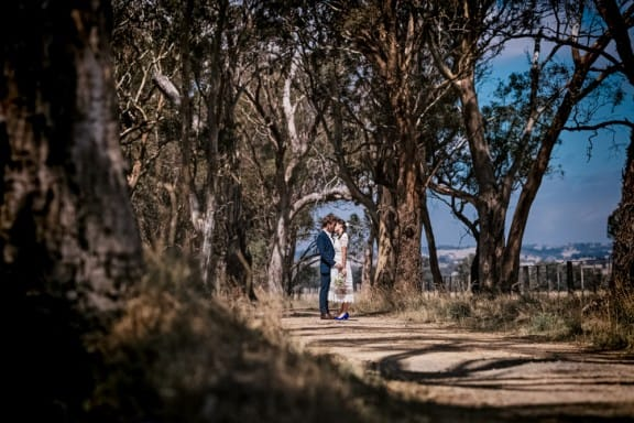 A low key wedding at Bank Street, Avenel | Glass Slipper Photography