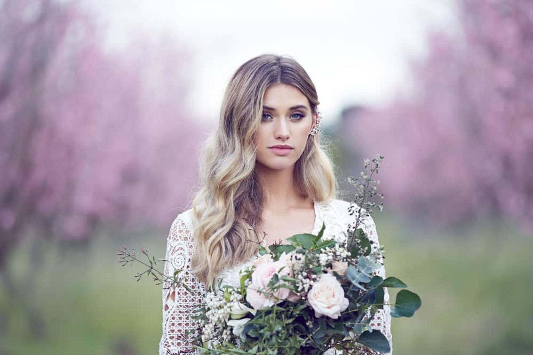 Spring wedding editorial by Lost in Love