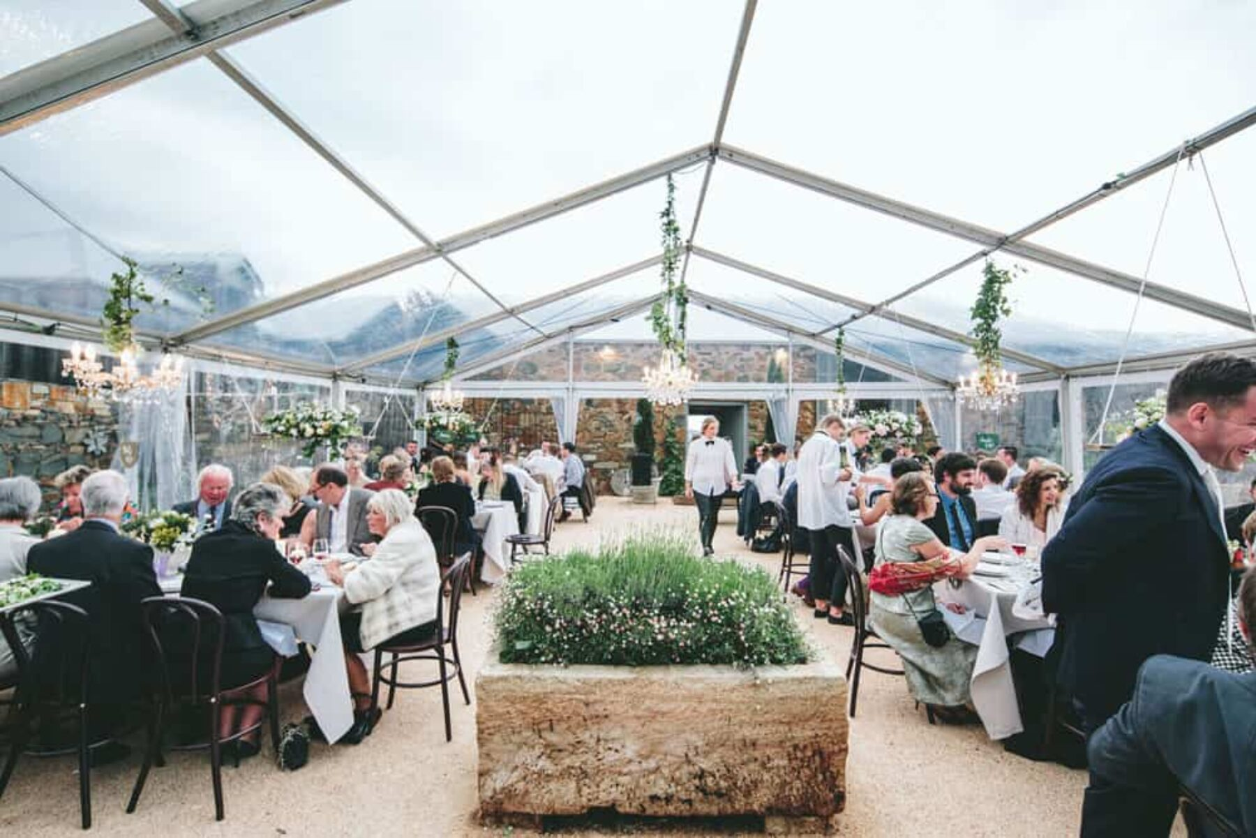 Relaxed farm wedding in Tasmania