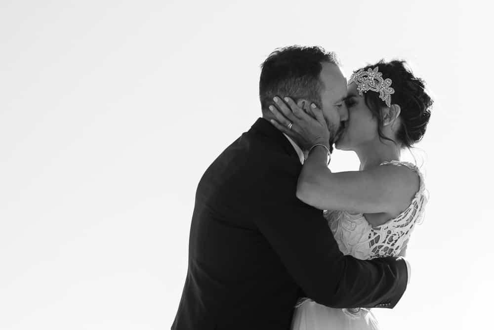 St Kilda beach wedding at West Beach Bathers Pavilion | Photography by Lara Luz
