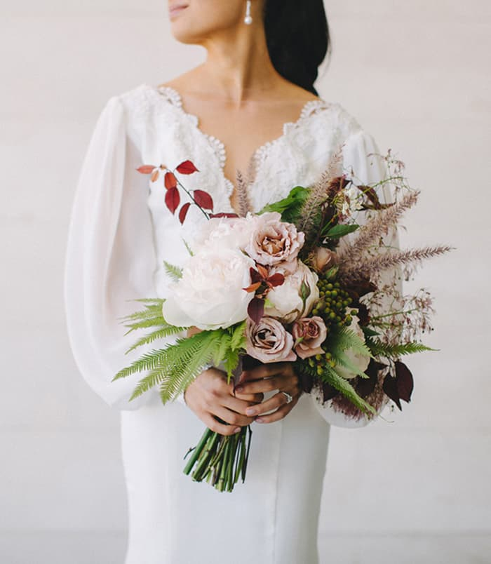 Autumnal wedding bouquet by Zinnia Floral Designs   Photography by Bayly & Moore