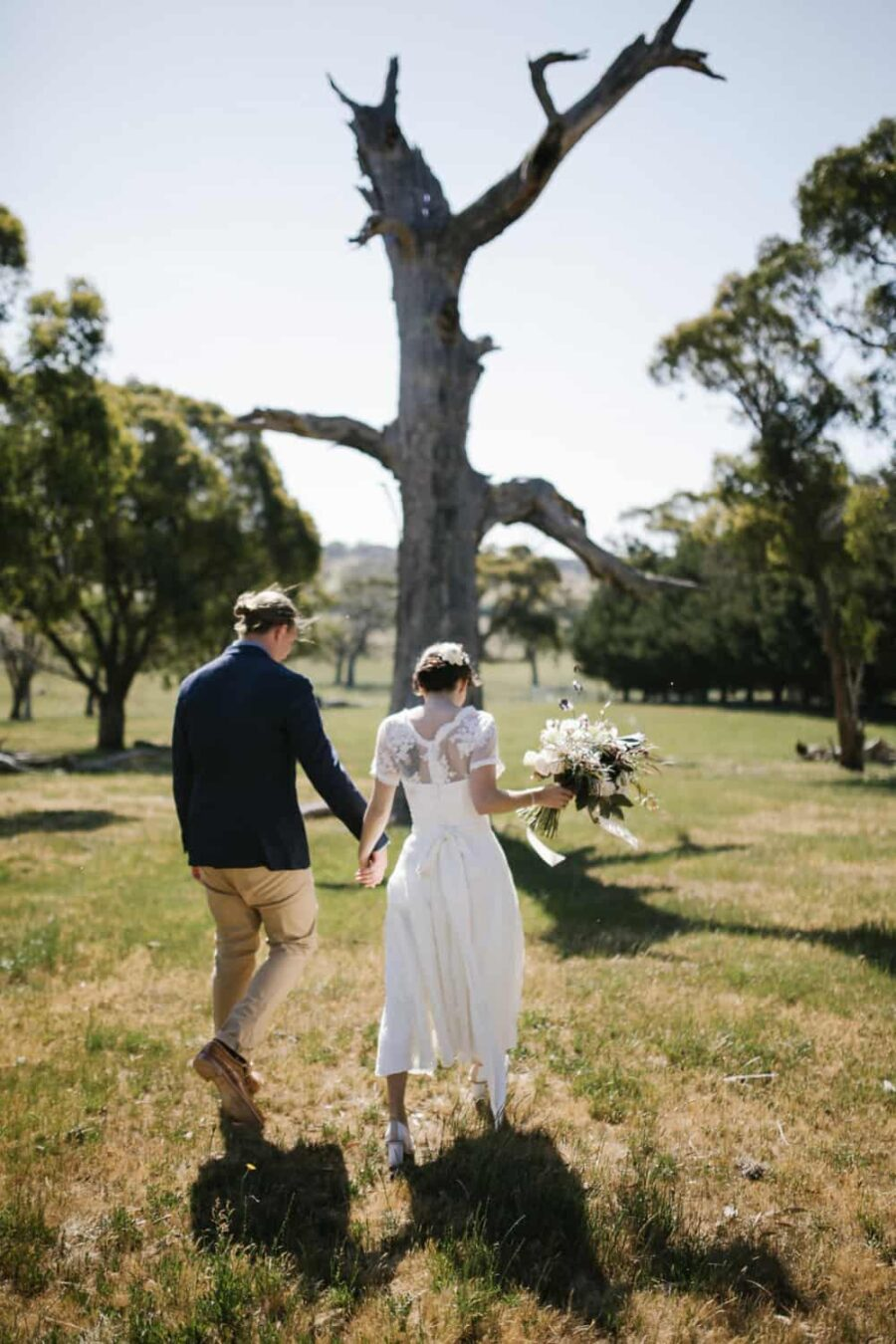 rustic-barn-wedding-kyneton-jessica-tremp-brown-paper-parcel 22