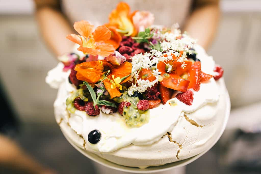 ... wedding cake - pavlova - Nouba - Australian wedding cake – pavlova