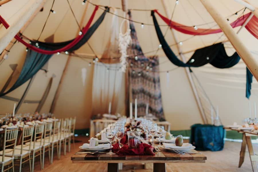 boho tipi wedding | Photography by Oli Sansom