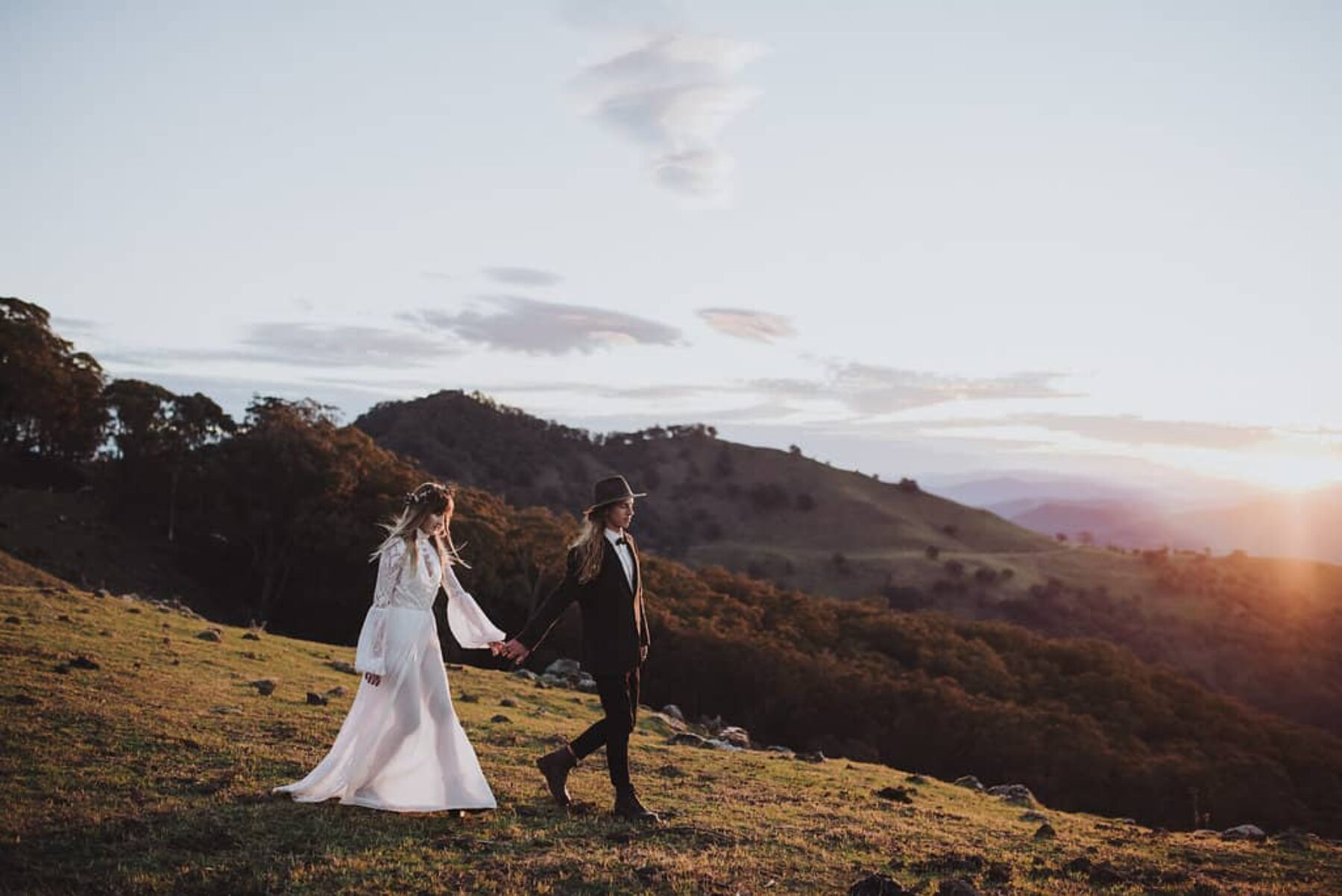 boho mountain elopement by Barefoot & Bearded