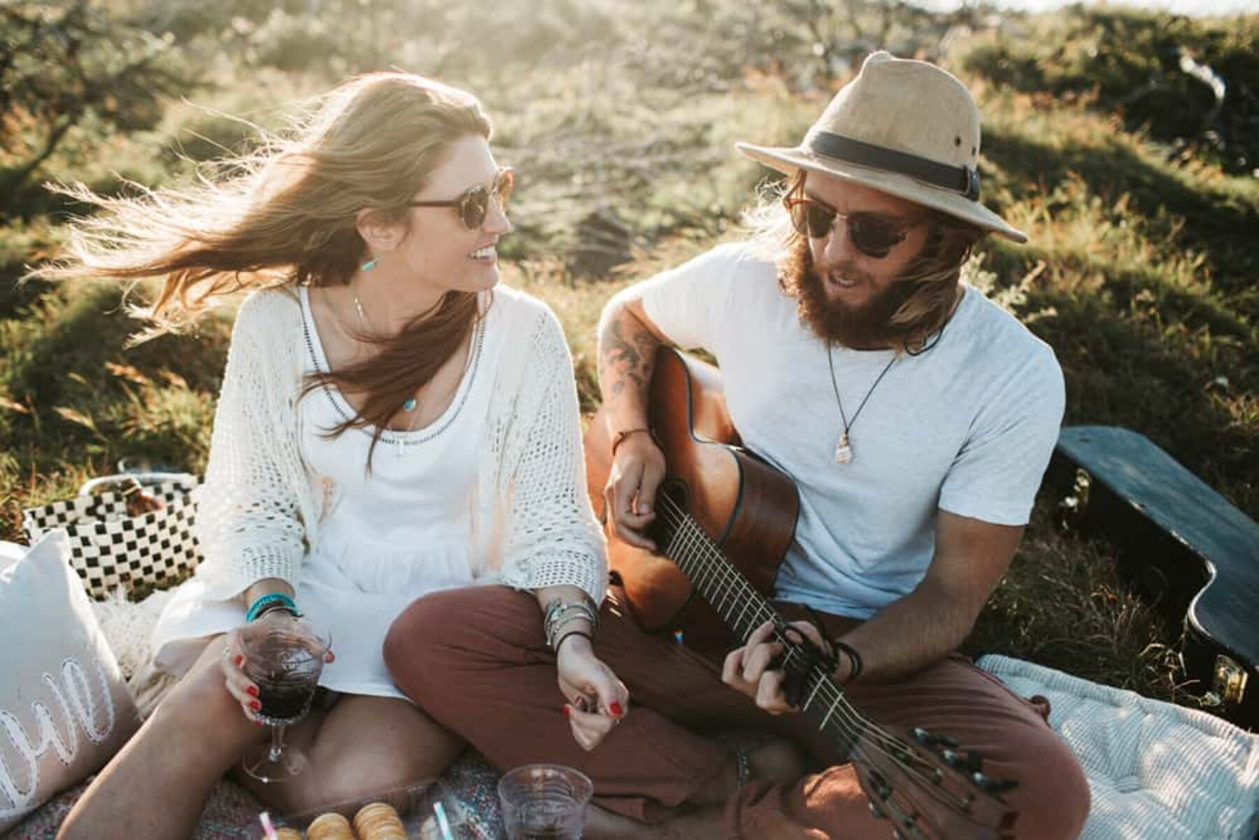 boho beach engagement shoot - photography by Keegan Cronin