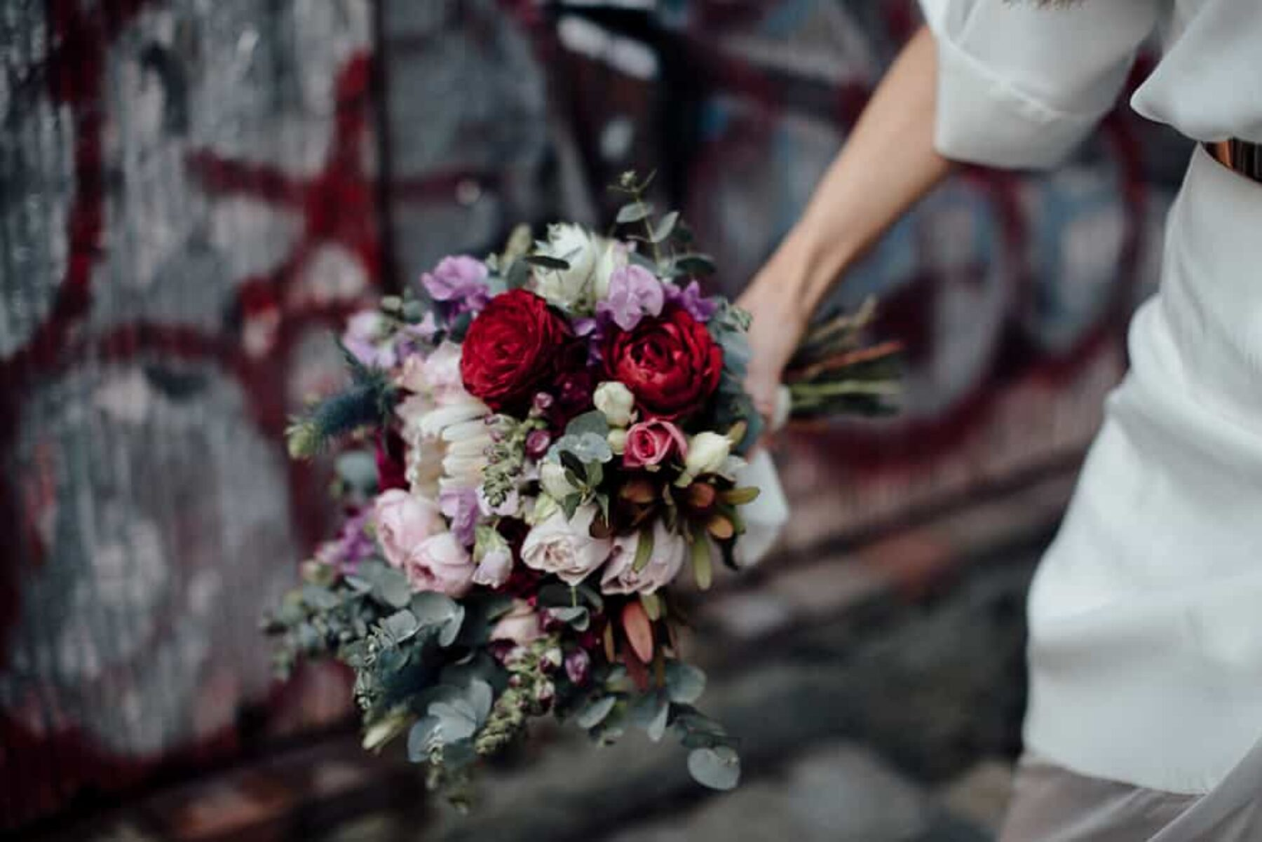 berry-toned bouquet