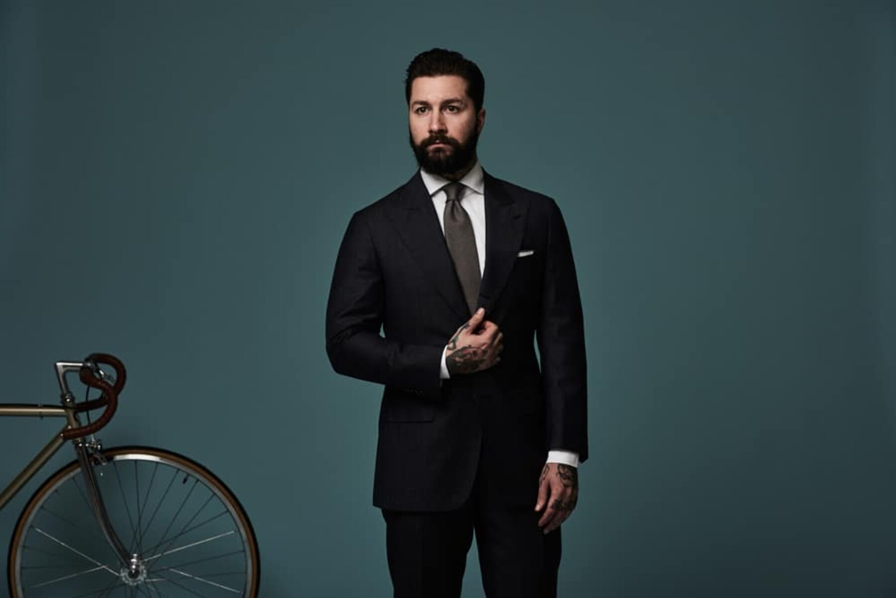 Oscar Hunt Tailors - modern stylish mens suits Sydney and Melbourne