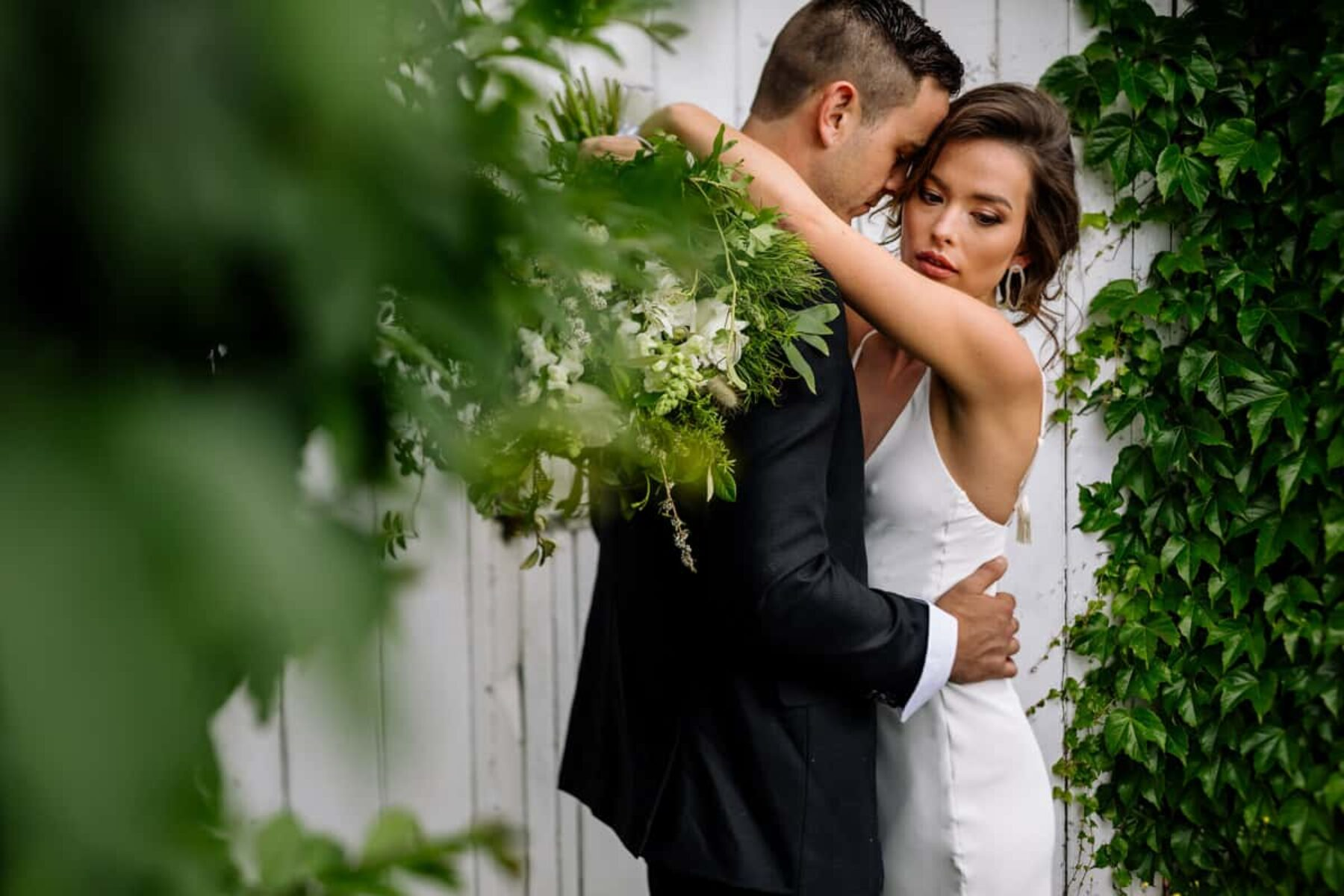 Modern wedding inspiration at The Narrows Landing NZ - The Official Photographers