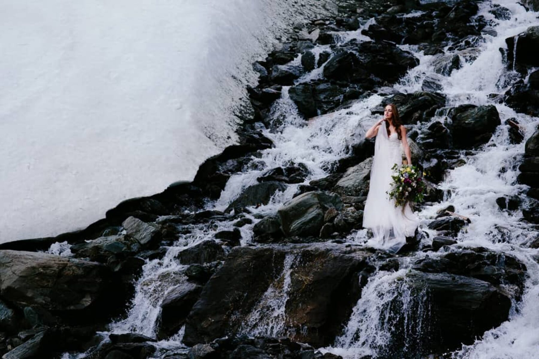 Dramatic mountain wedding editorial in Queenstown NZ