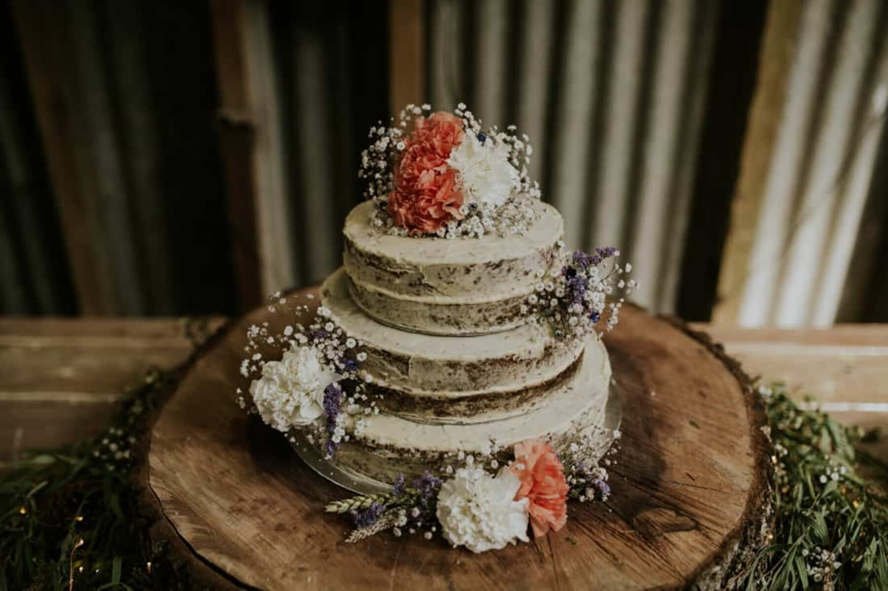homemade hummingbird wedding cake