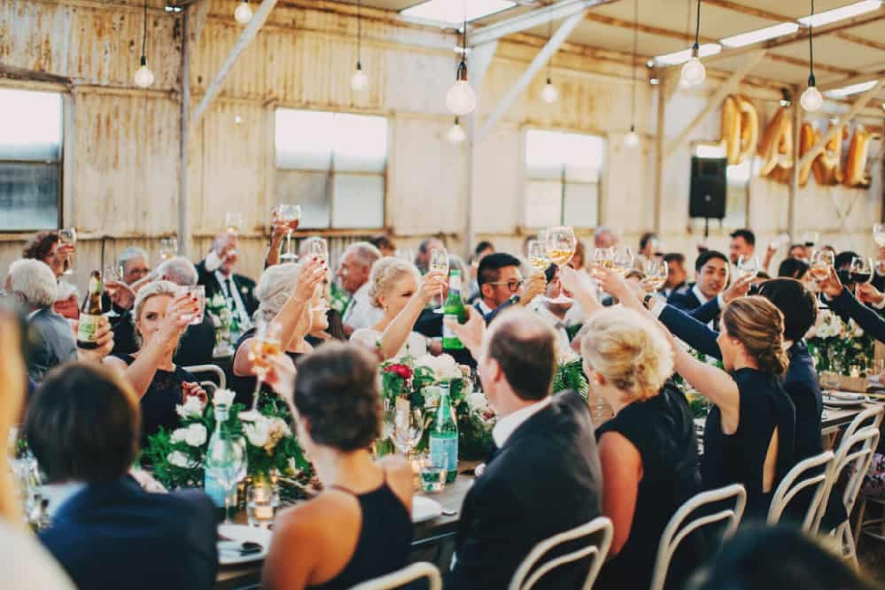 modern rustic barn wedding - photography by The Robertsons