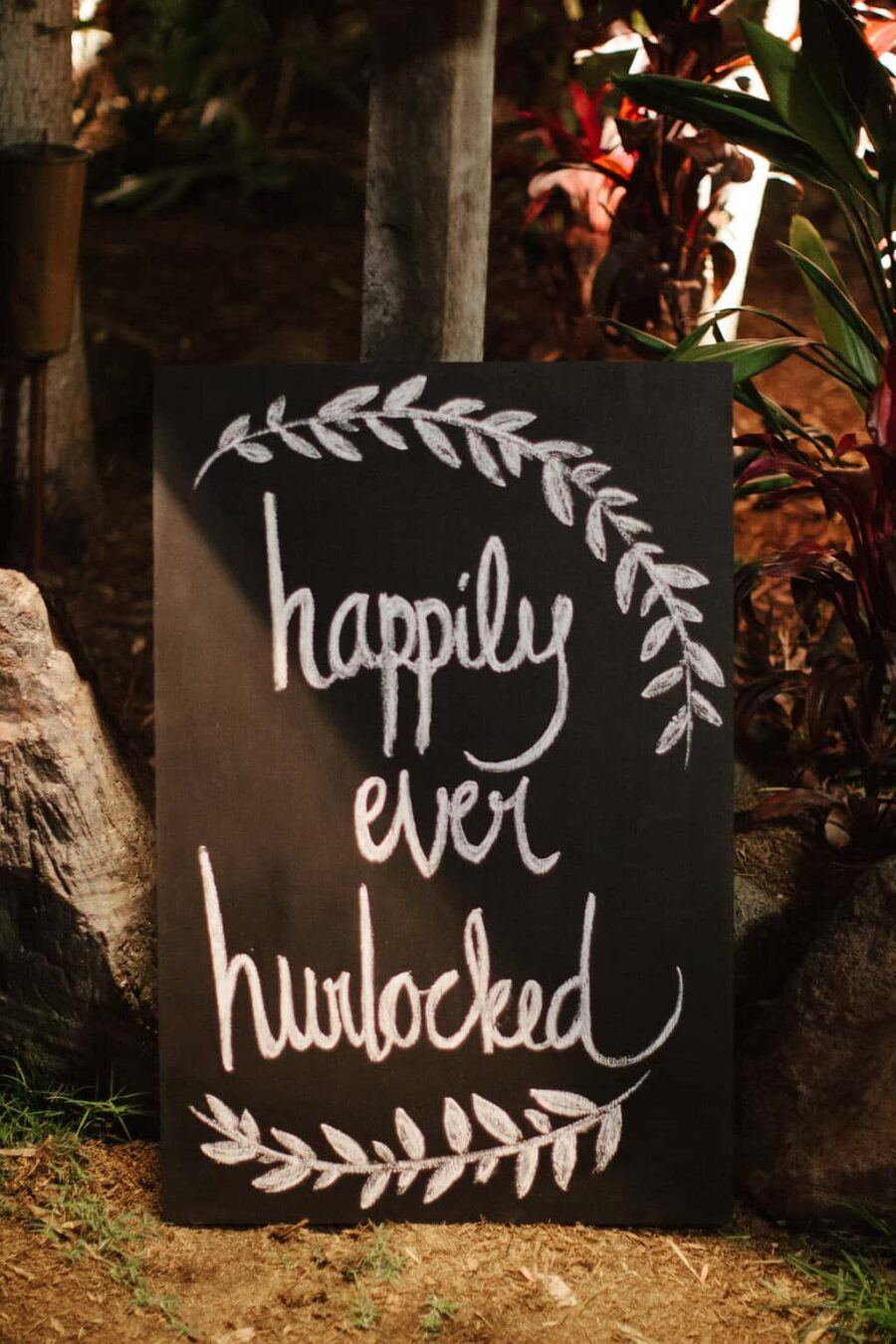 relaxed Byron Bay wedding at Treehouse on Belongil