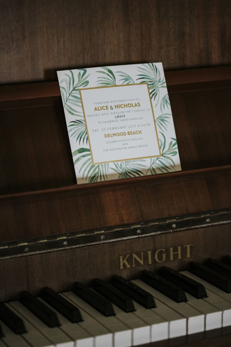 jungle leaf wedding invitation