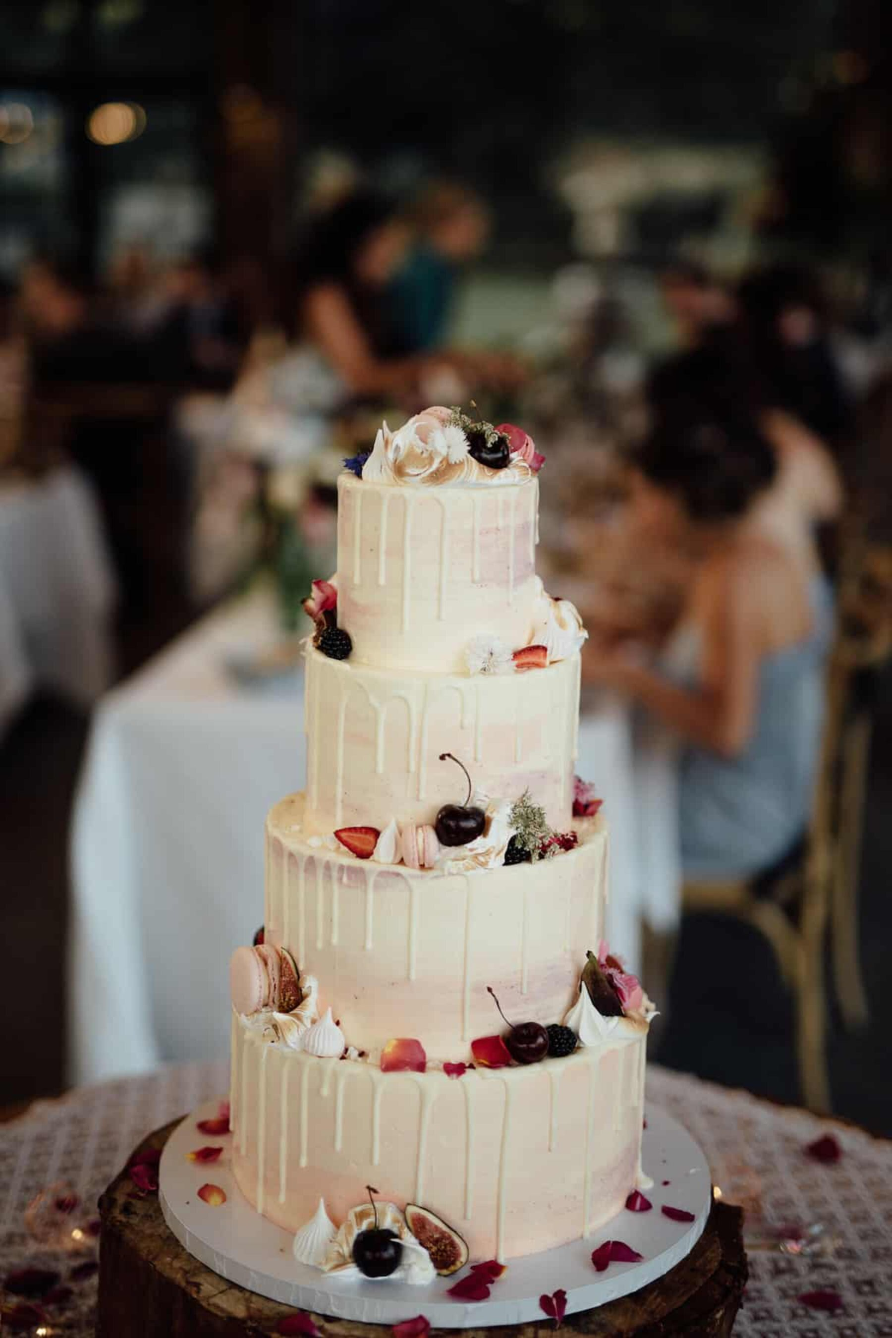 Miss Ladybird Cakes - creative wedding cakes Melbourne