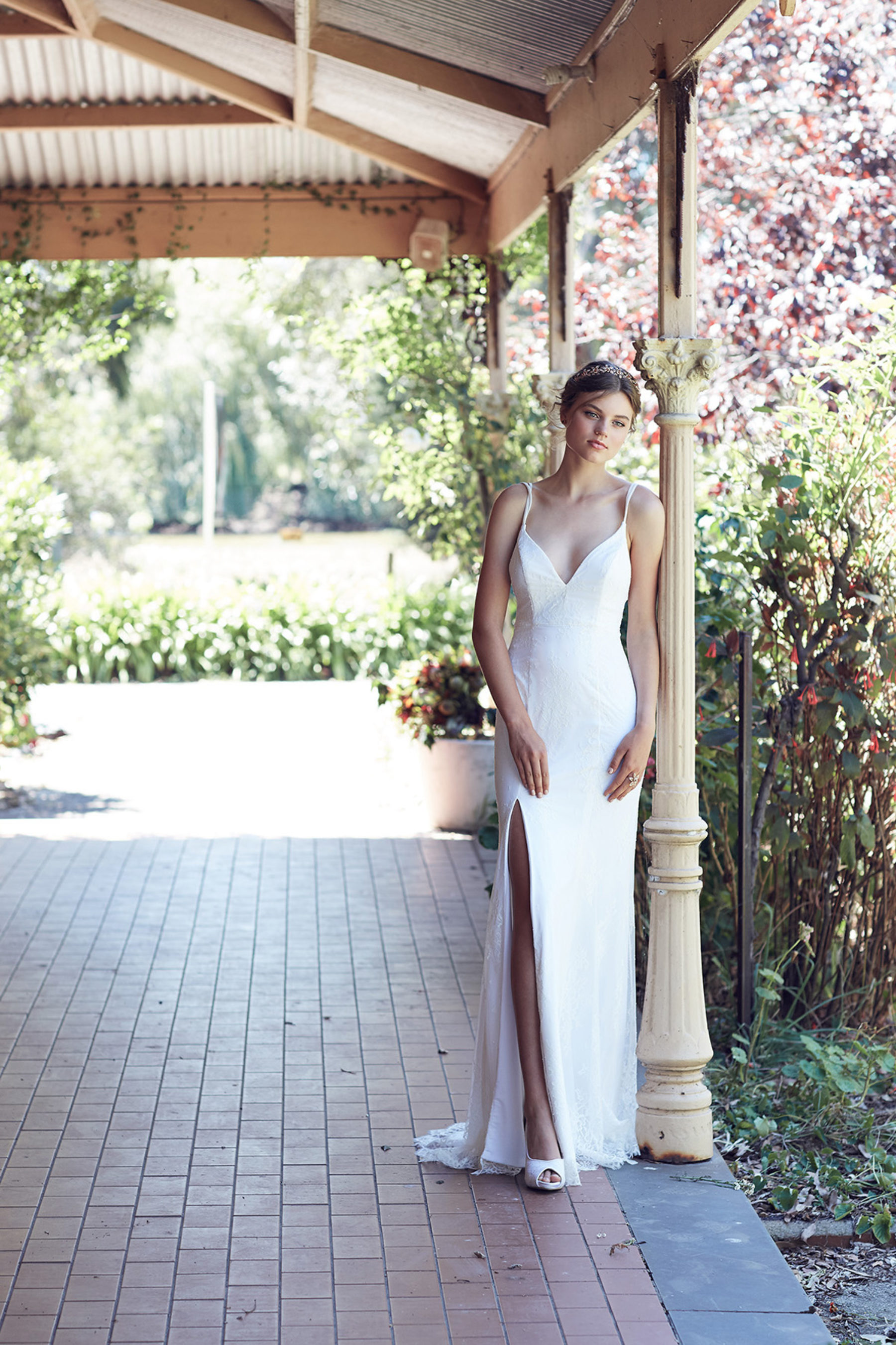 modern minimal wedding dress