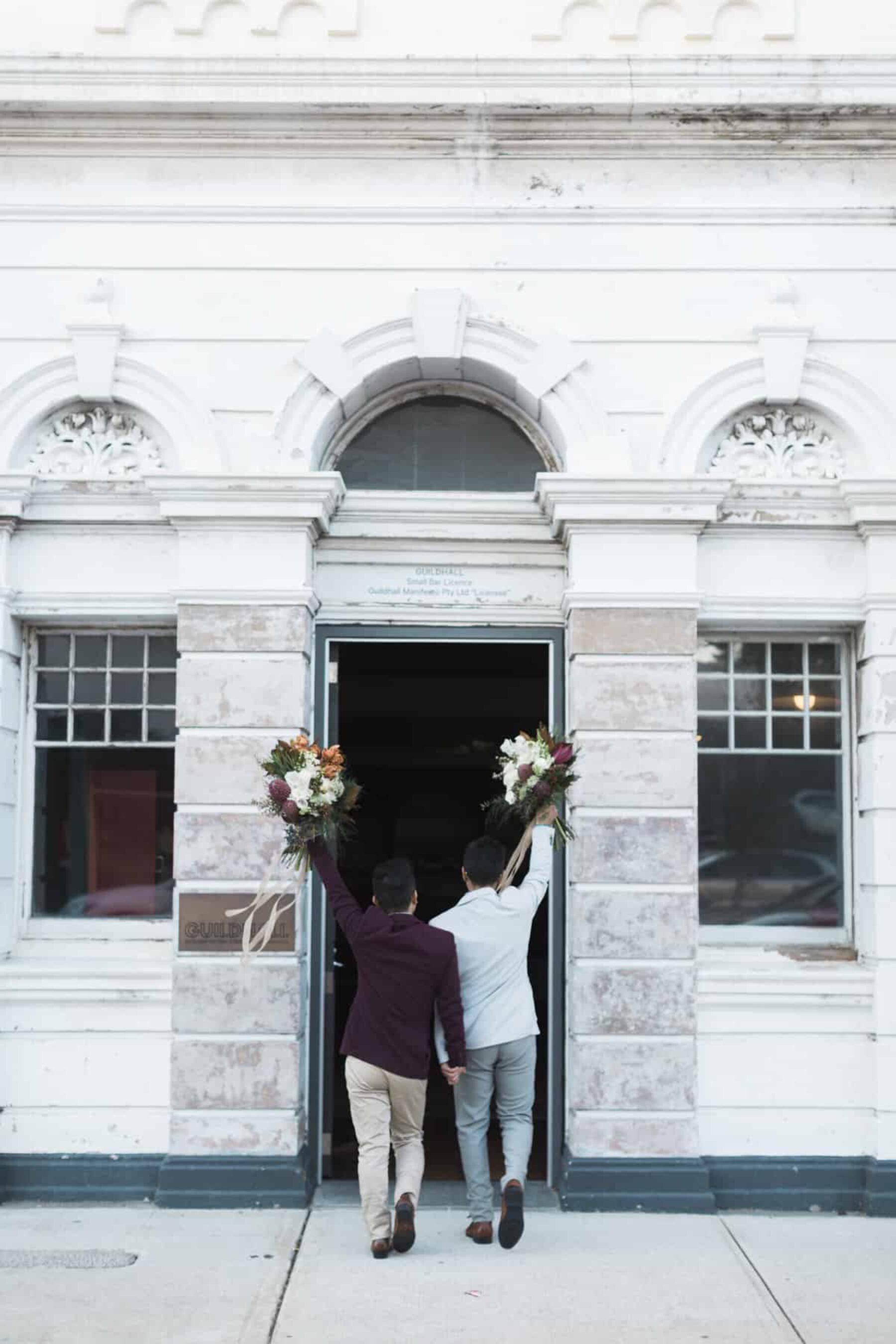 Stylish winter wedding at Fremantle's Guildhall