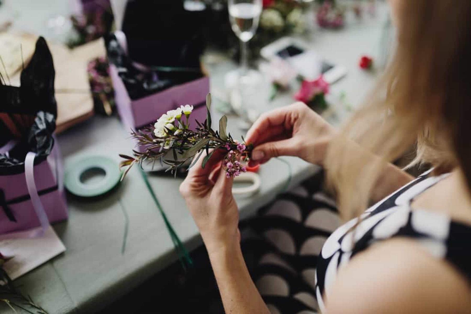 flower crown workshop for stylish hen's day
