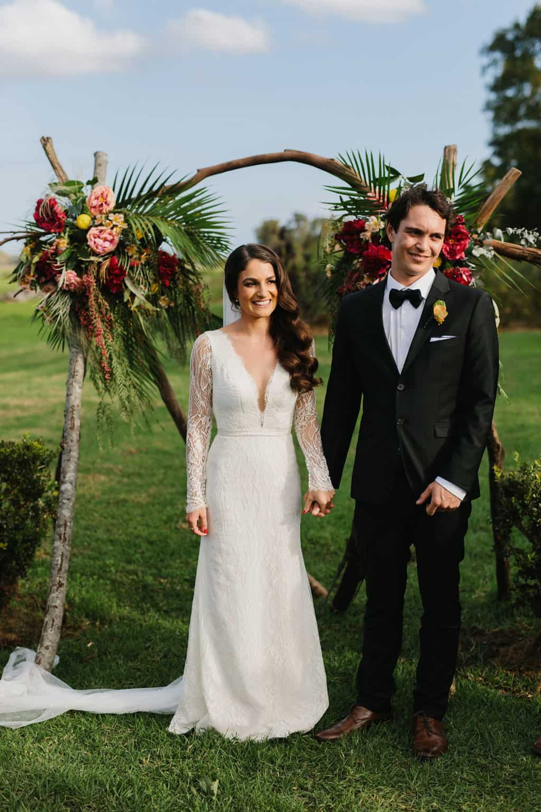 relaxed garden wedding at Merribee - photography by John Benavente