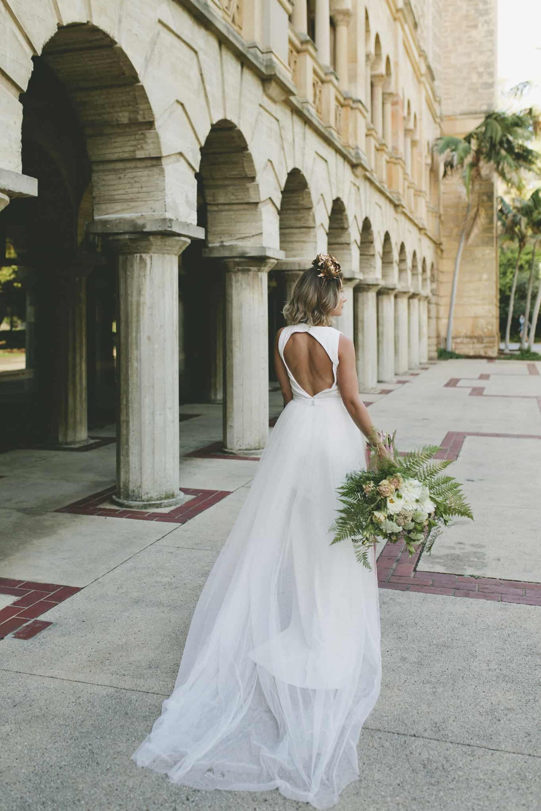 backless wedding dress with tulle skirt