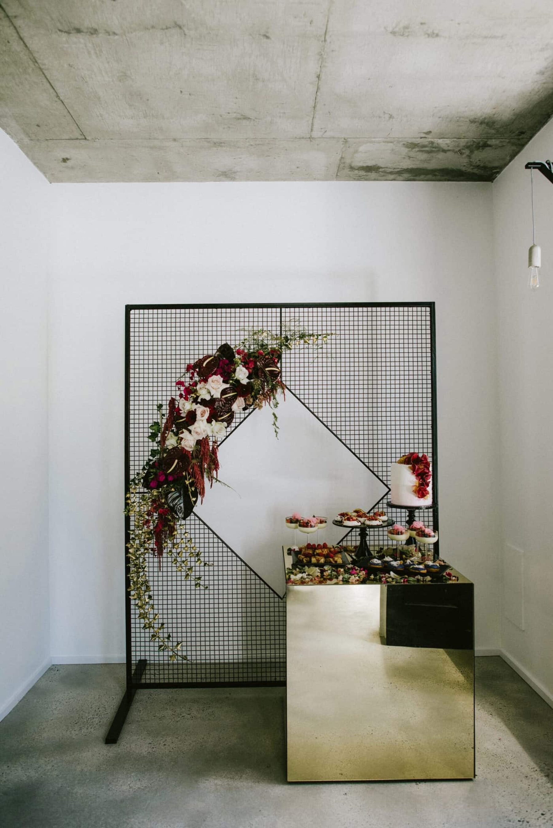 Sir Botanical - stylish and creative Perth wedding florist
