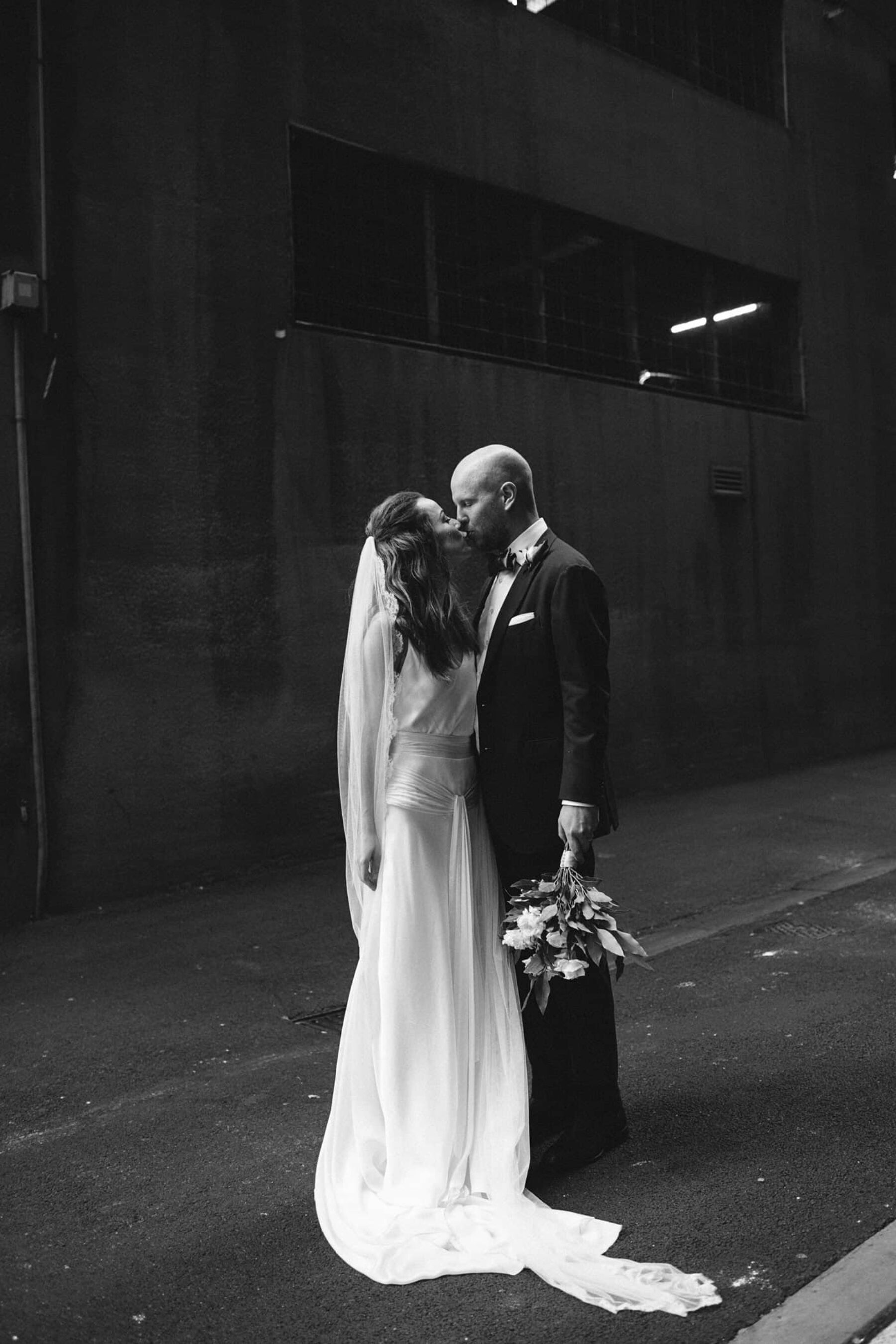 Melbourne warehouse wedding at Fortyfive Downstairs / Photography by It's Beautiful Here