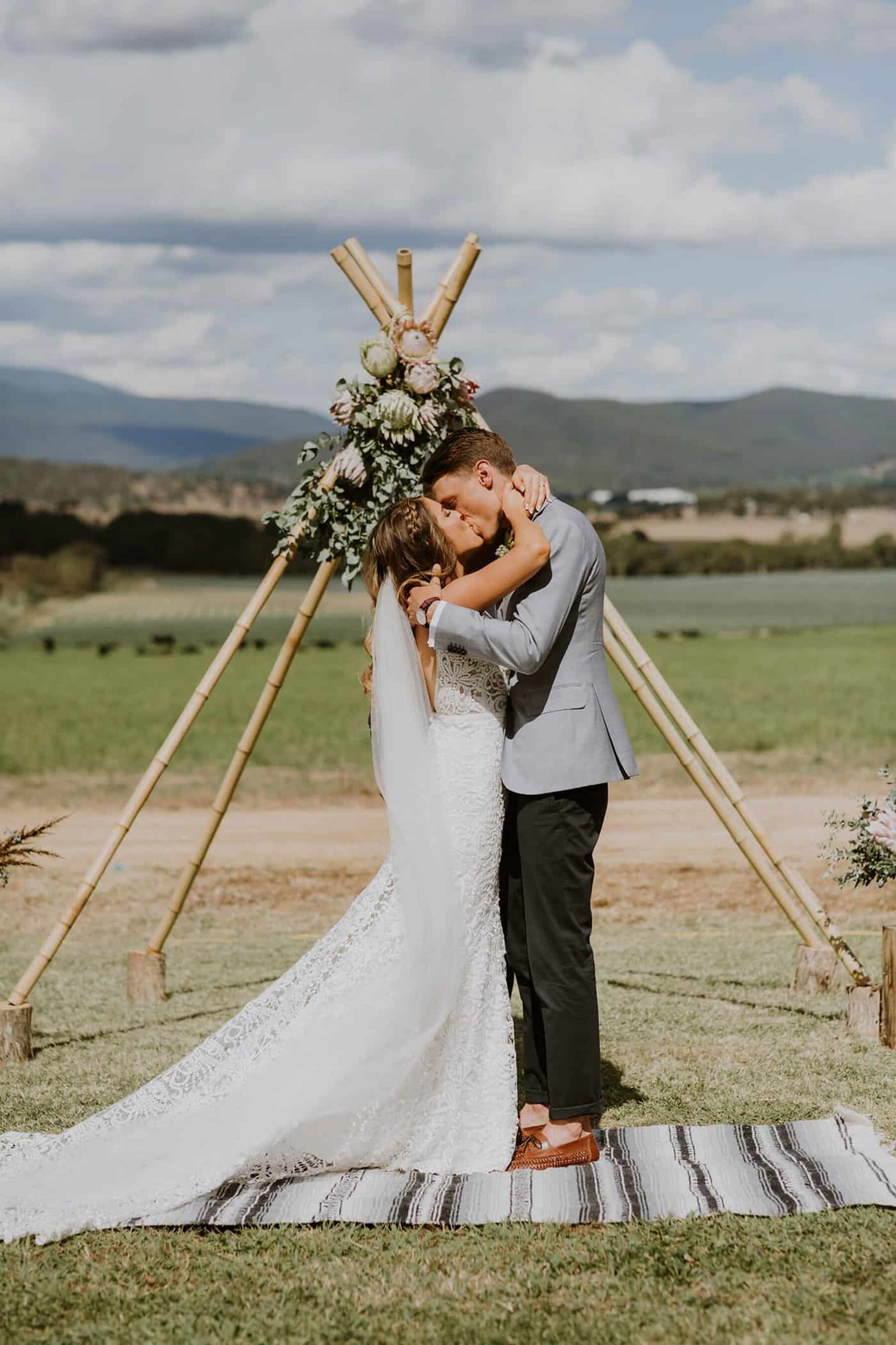 Yarra Valley farm wedding with epic DIY florals / Elsa Campbell Photography