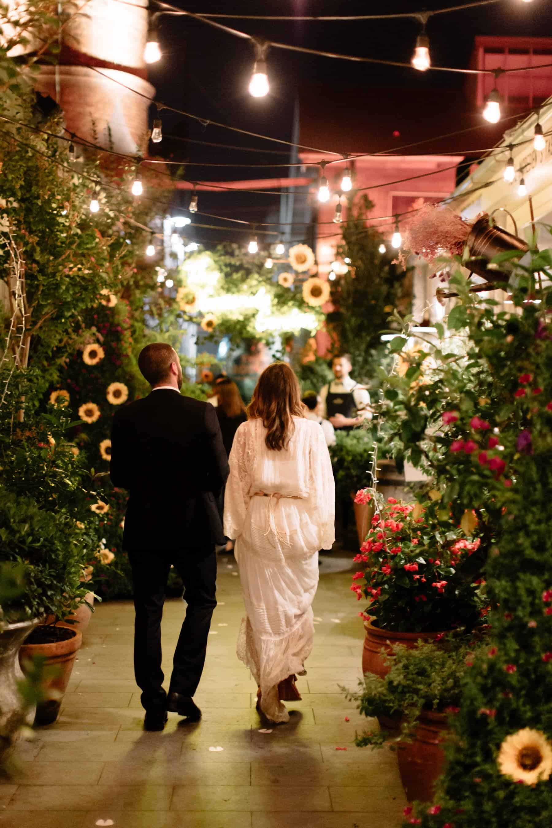 Surprise twilight wedding at The Grounds of Alexandria, Sydney / Photography by Matt Godkin
