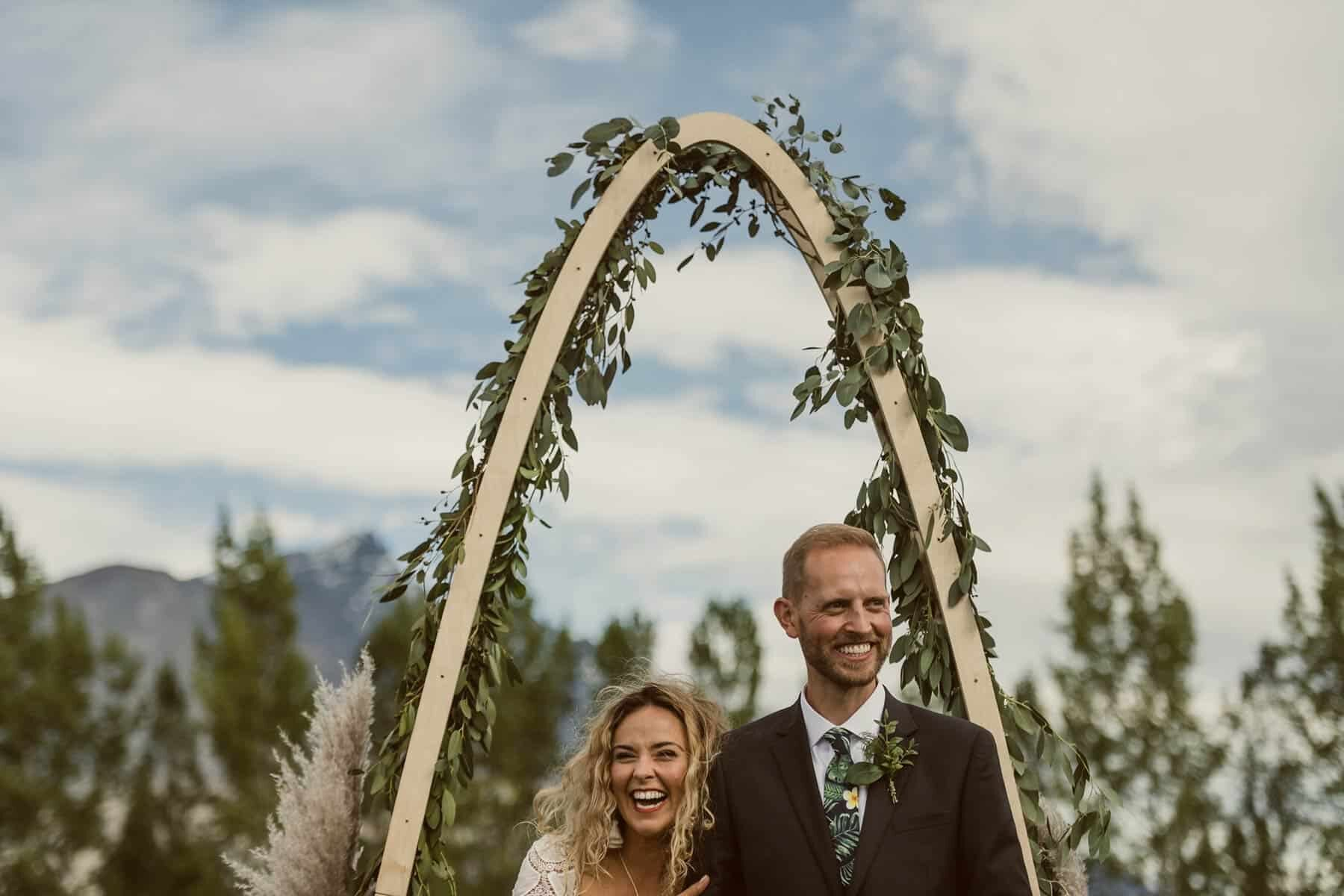 handmade arc wedding arbour