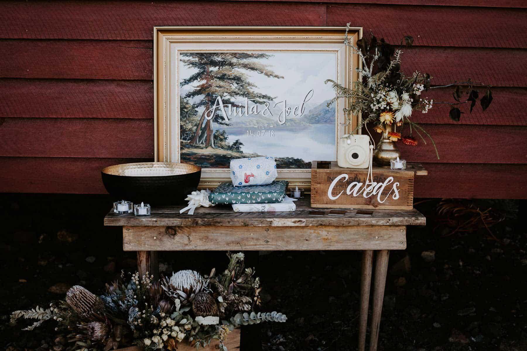 wedding gift station