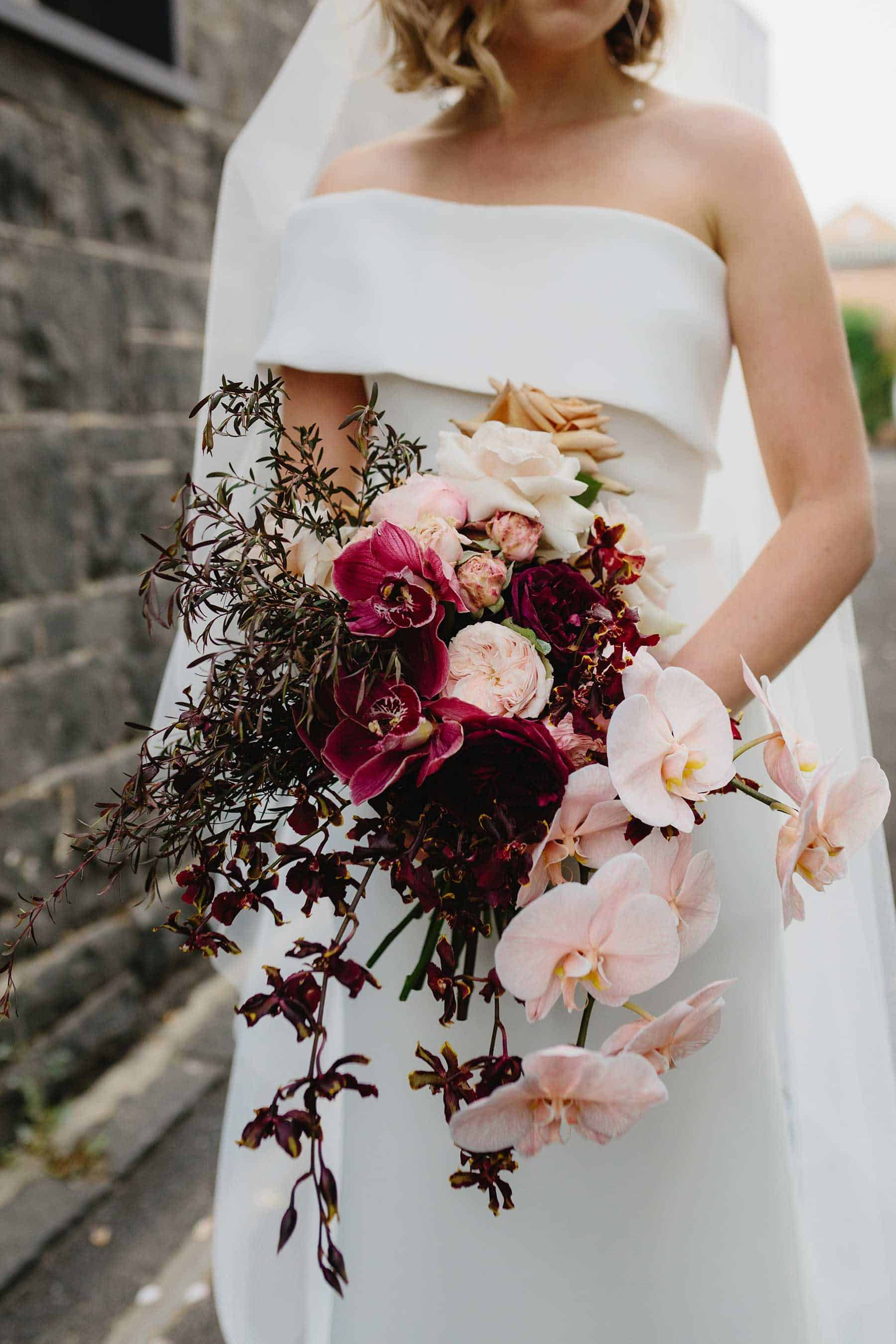 Best bridal bouquets and wedding flowers 2019 - blush and burgundy bouquet