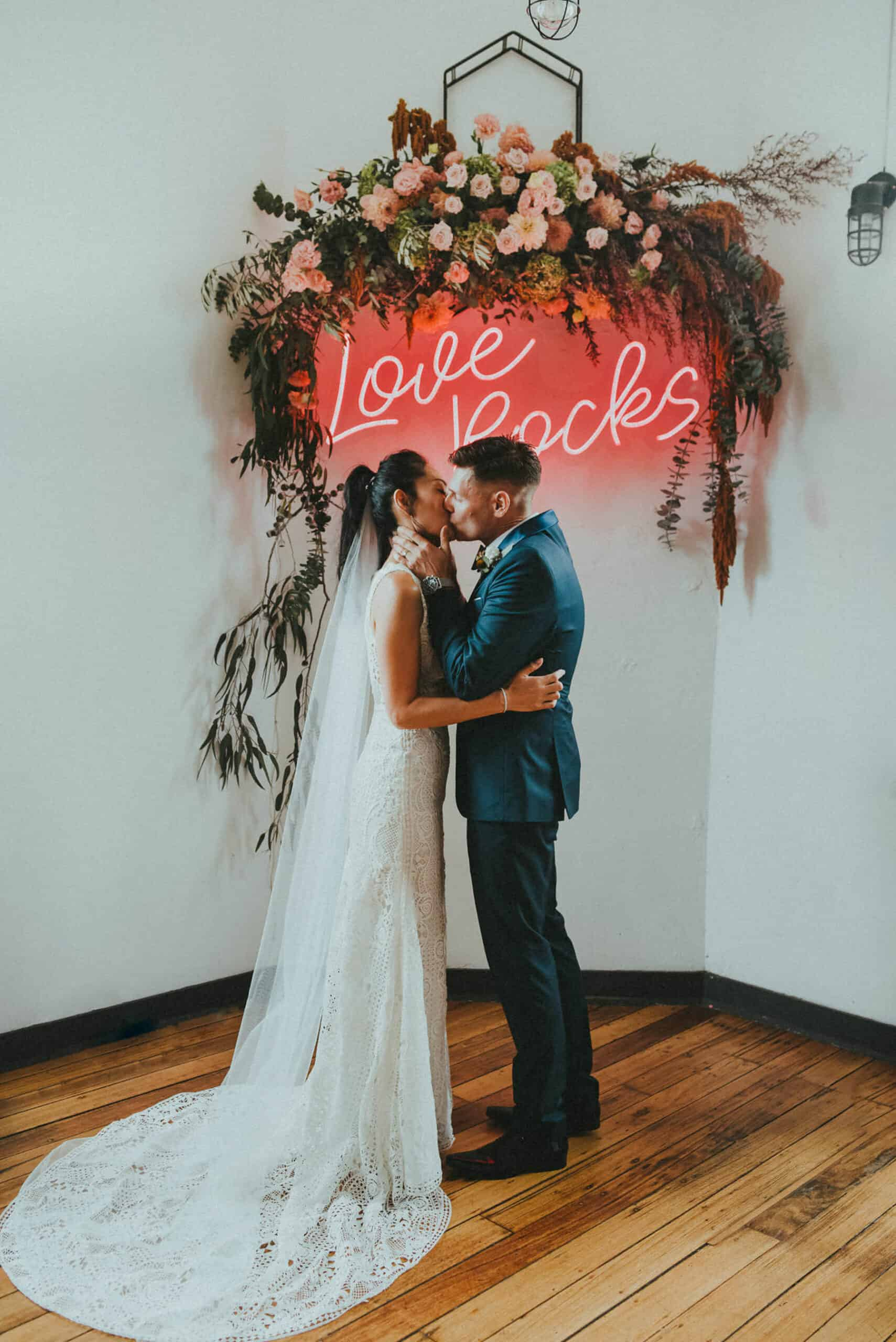 Modern Melbourne wedding at The Craft & Co in Collingwood / Photography by Tanya Voltchanskaya
