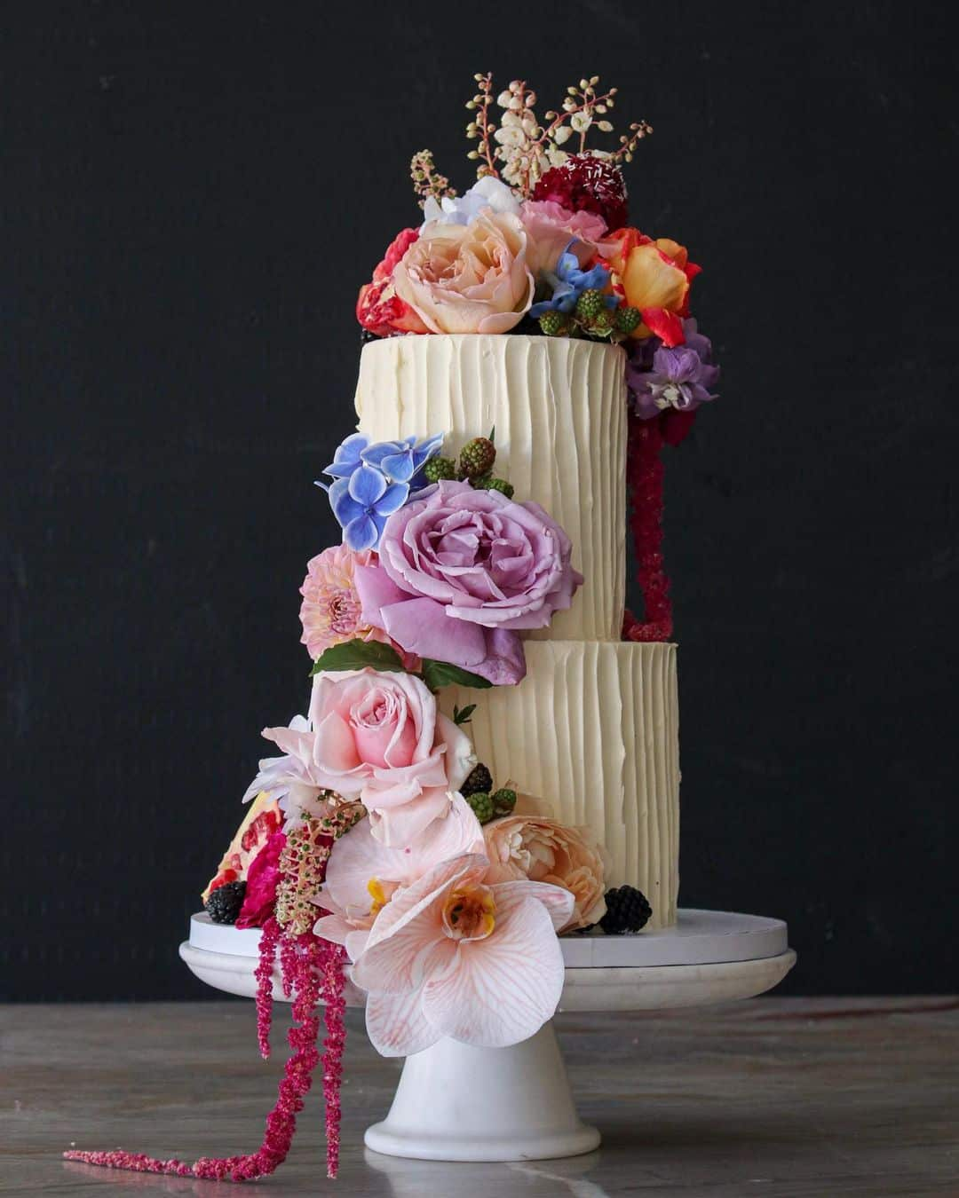 unique creative wedding cake trends 2021